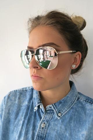 933ad25170e Quay Vivienne Sunglasses GOLD ROSE - KISSUE