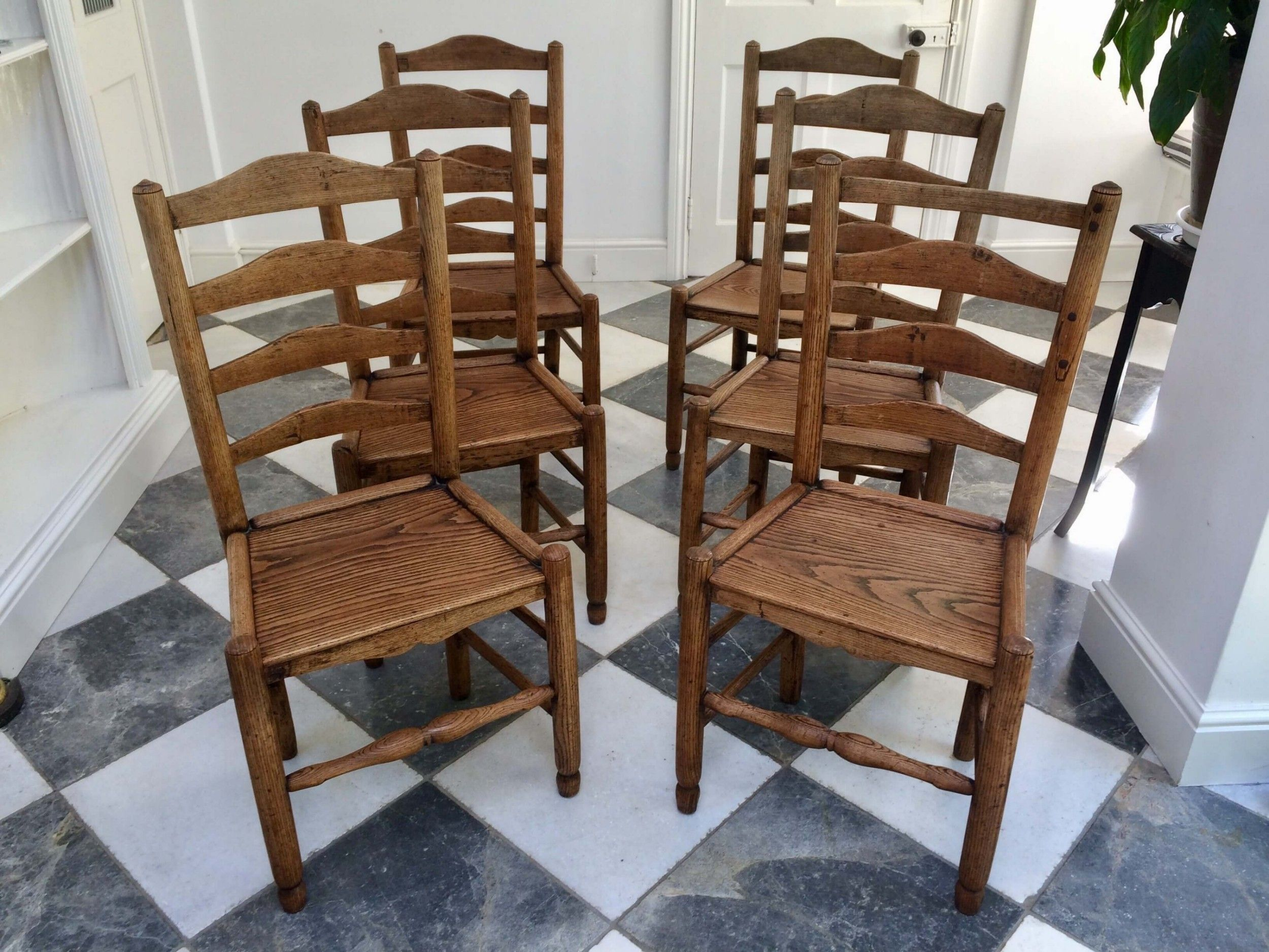 SET OF SIX ANTIQUE 19THC COUNTRY ASH LADDER BACK KITCHEN