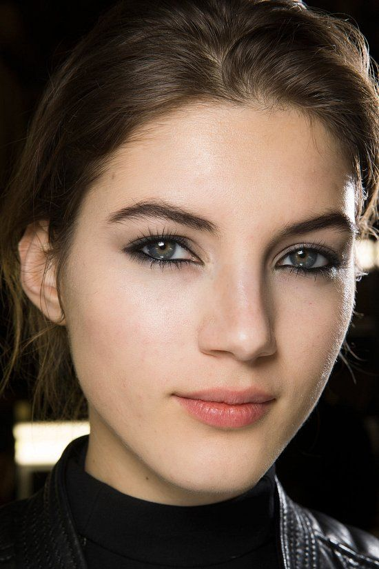 Looks From PFW Fall 2015: Lanvin #makeup #fashion
