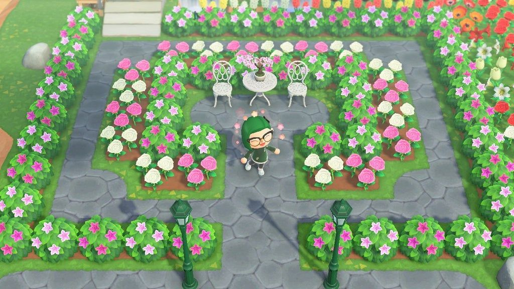 My pink and white hedge garden : AnimalCrossing