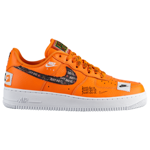 official photos ebae2 59689 A streetwear staple since 1982, the Air Force 1 was the first basketball  sneaker to feature Nike Air. This low-cut take on the iconic AF-1 blends  classic ...
