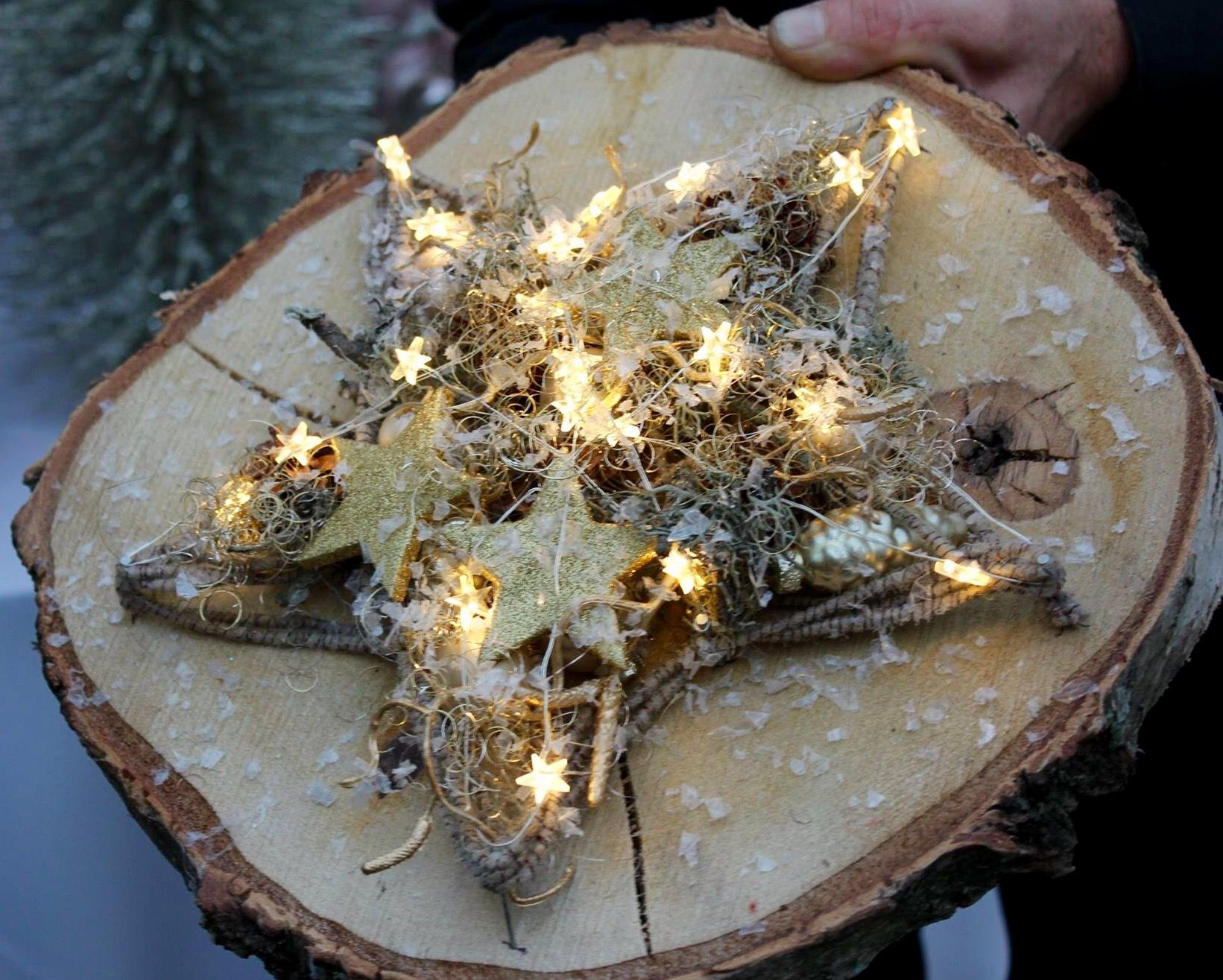 Weihnachtsausstellung #adventskranzaufbaumscheibe