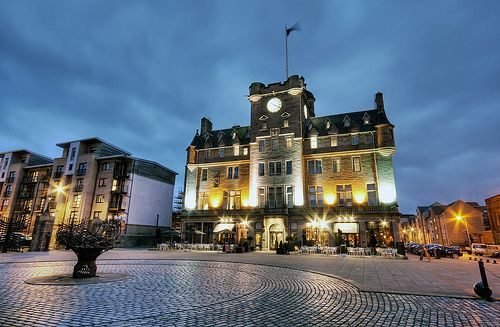 Malmaison Edinburgh at night. Love this hotel!! Food is great and people are lovely!!