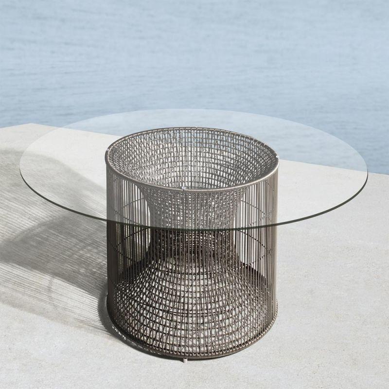 Gartentisch Amaya Ø 76 + Tischplatte Ø 137 cm von Kenneth Cobonpue - Balou Rattan Mobel Kenneth Cobonpue