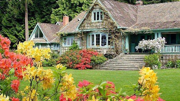 3bd27954b758e0549eb9c267e0c9a48f - Milner Gardens Qualicum Beach Vancouver Island