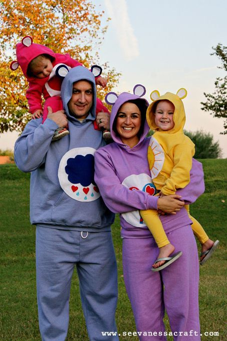 Halloween costumes for families of 4 google search for Family of 3 picture ideas