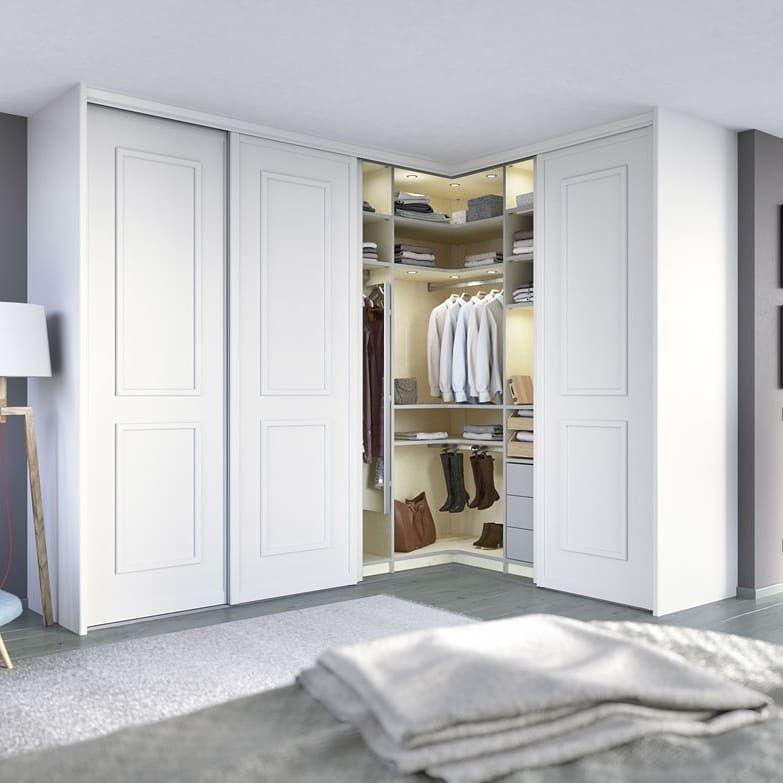 Leere Ecken Clever Nutzen Ein Eckschrank Nach Mass Von Cabinet Schranksysteme Verwandelt Eine U Bedroom Closet Design Ikea Dressing Room Master Bedrooms Decor