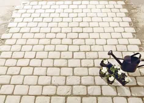 Allée en pavés PAVAGE ET DALLAGE Pinterest - pave pour terrasse exterieur