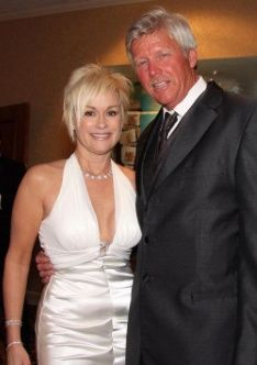 Lorrie Morgan And Randy White Wedding 2010 Famous Weds
