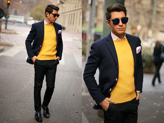 Ultimate preppy. With a pocket square.