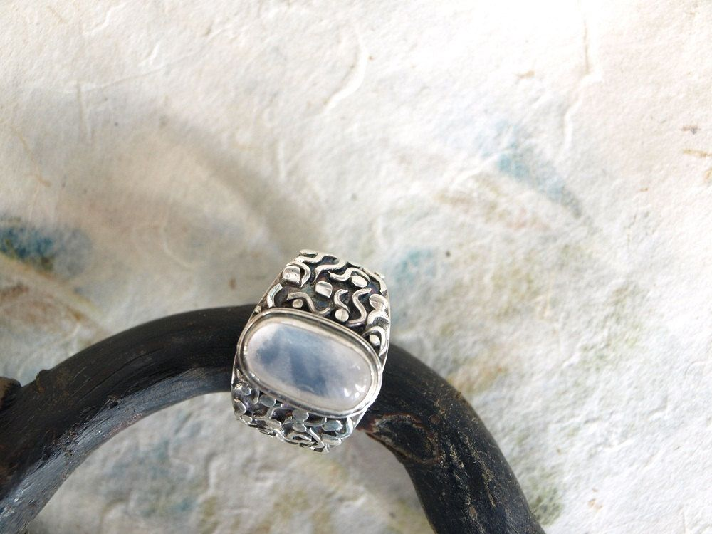 white jepun ring / silver925 by mysticalCharm3 on Etsy, $125.00