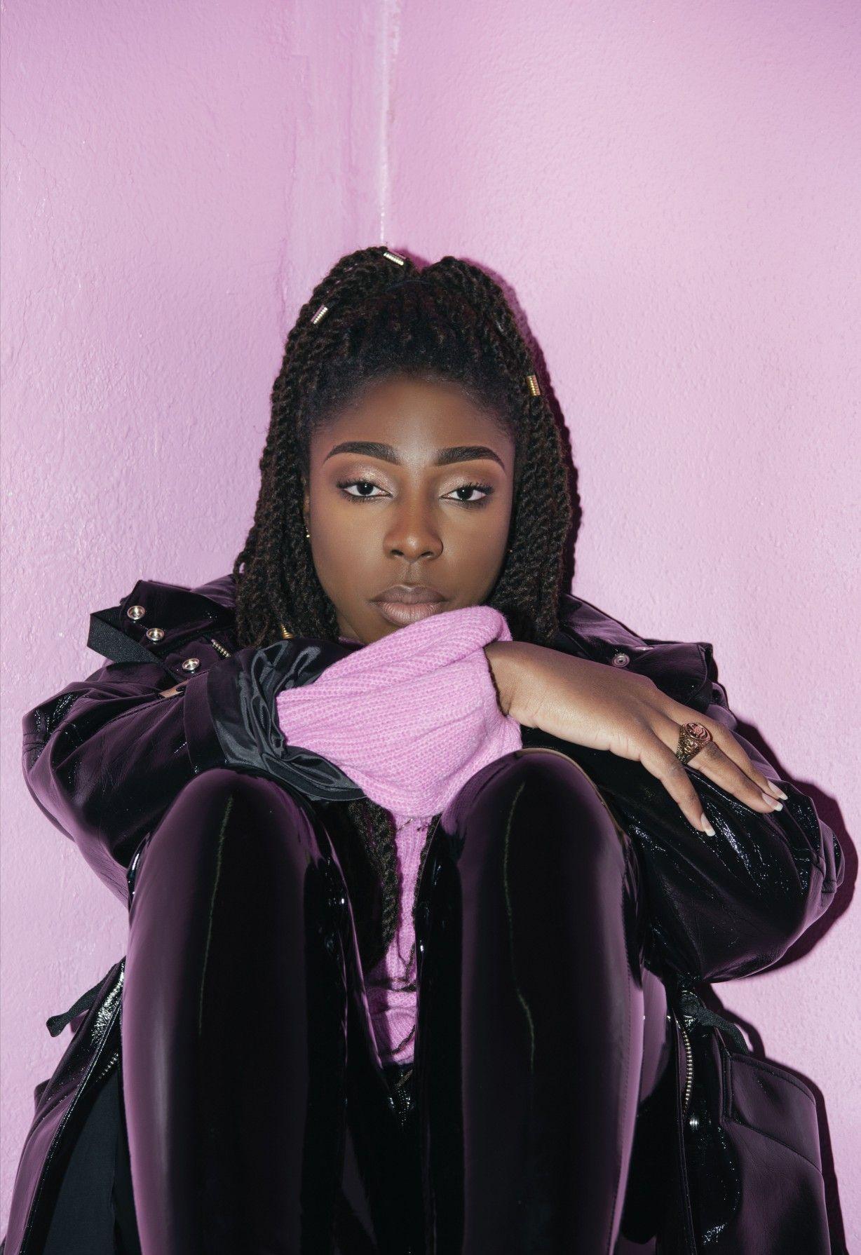 Nissi. Afro Pop Artiste in 2020 Pop artist, Afro, Artist