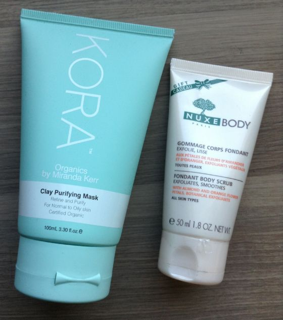 Limited Edition Gold Holiday GlossyBox Review Kora Organics Clay Purifying Mask – FULL SIZE! Value $53 Nuxe Body Fondant Body Scrub – 1.8 oz Value $7.50