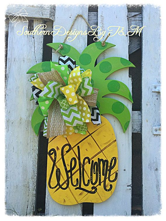 Pineapple Door Hanger by SouthernDesignsByTM on Etsy