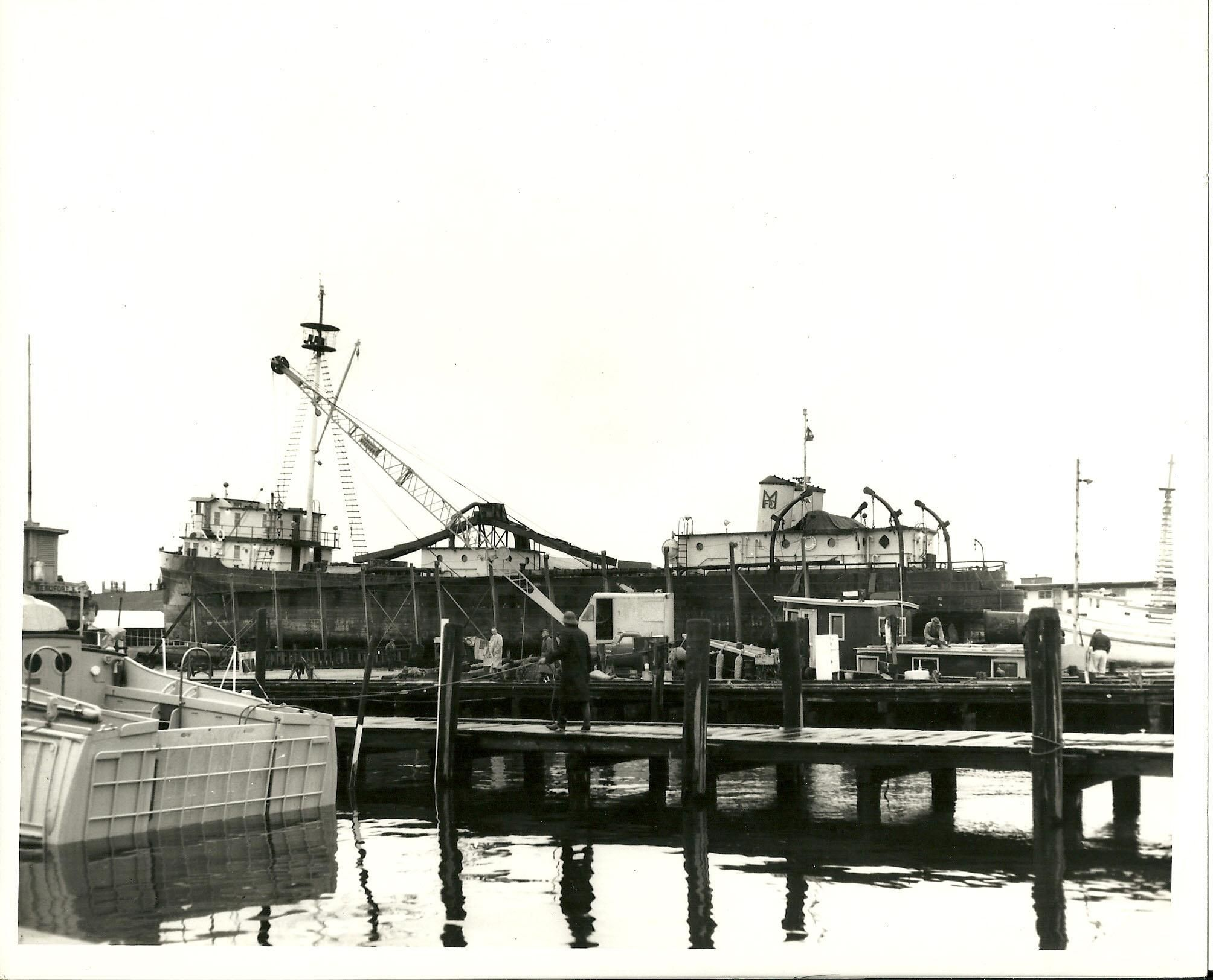 "8"" x 10"" black and white print of the Menhaden boat ""Li'l"