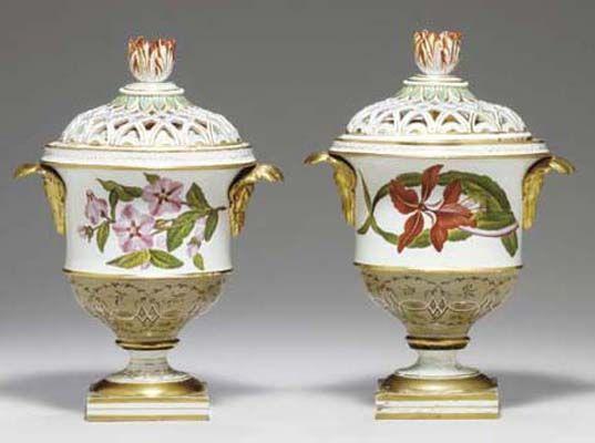 Pair Of Beautiful Spode Porcelain Pot Pourri Vases Liners Covers