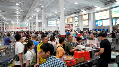 Costco Opens In Shanghai, Shuts Early Owing To Massive