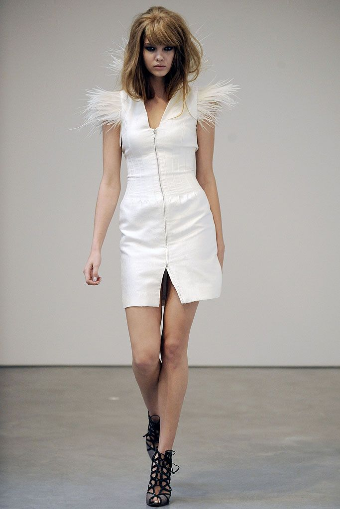 L'Wren Scott | Spring 2009 Ready-to-Wear Collection | Style.com