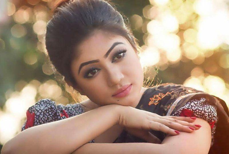 Bangladeshi Sexy Actress: Bangladeshi Celebs Anika Kabir