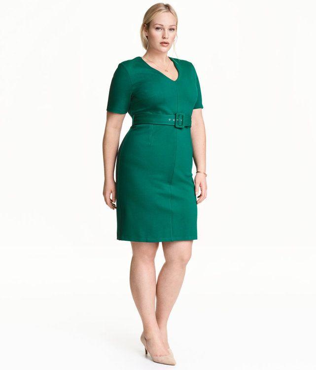Die 40 schönsten Plus Size Festkleider - Tolle Farben ...