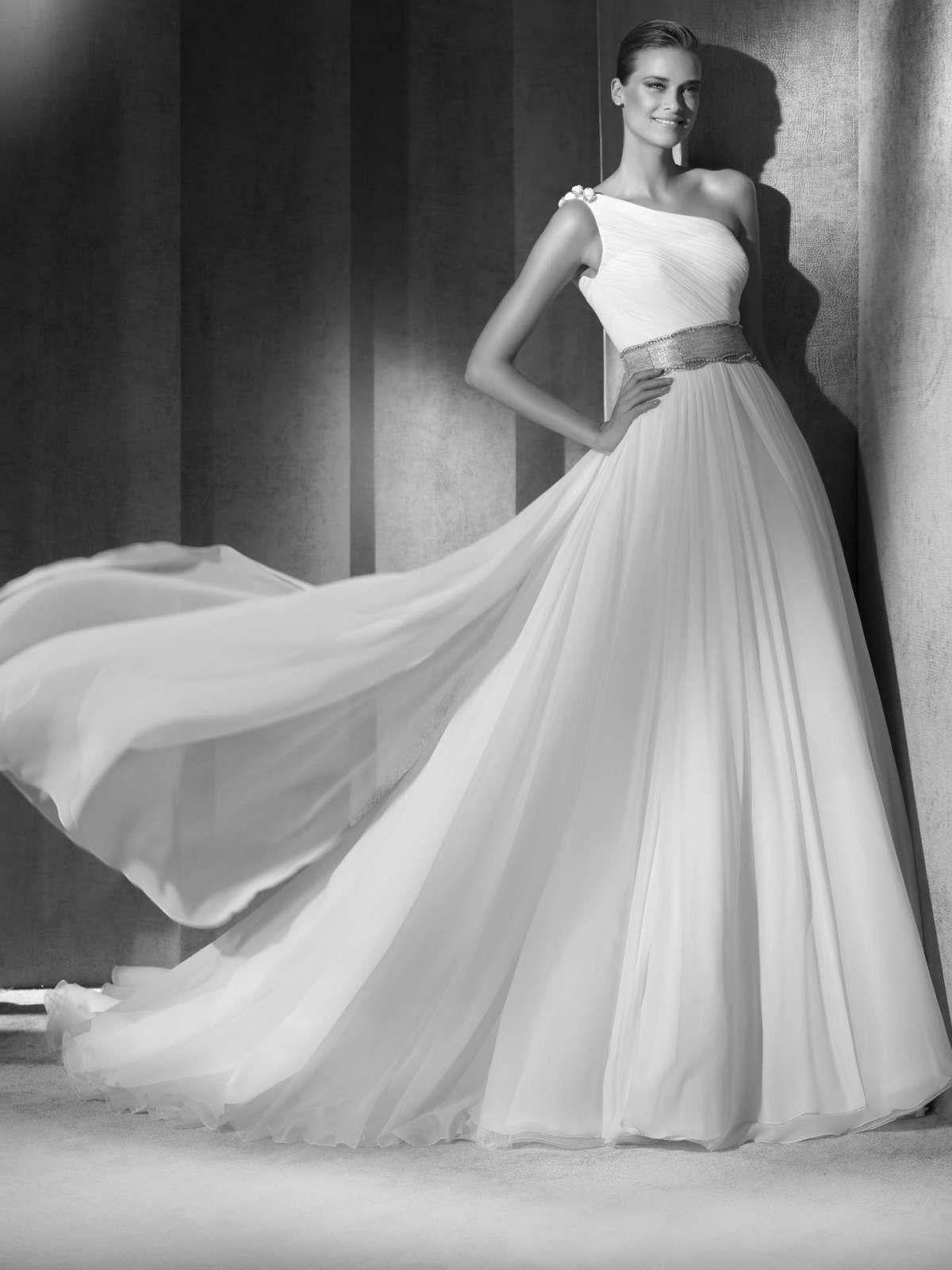 Vestiti Da Sposa Monospalla.Pin Su Abiti Da Sposa Wedding Gowns