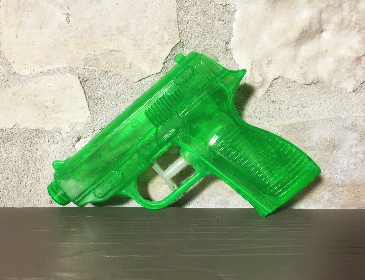 1950s Vintage Green Plastic Toy Water Gun - Made in Hong Kong by Artimorean on Etsy https://www.etsy.com/listing/239890217/1950s-vintage-green-plastic-toy-water