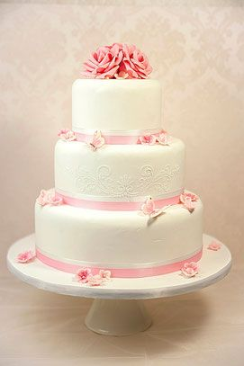 Hochzeitstorte Weiss Rosa Google Suche Cakes Cookies And Cupcakes