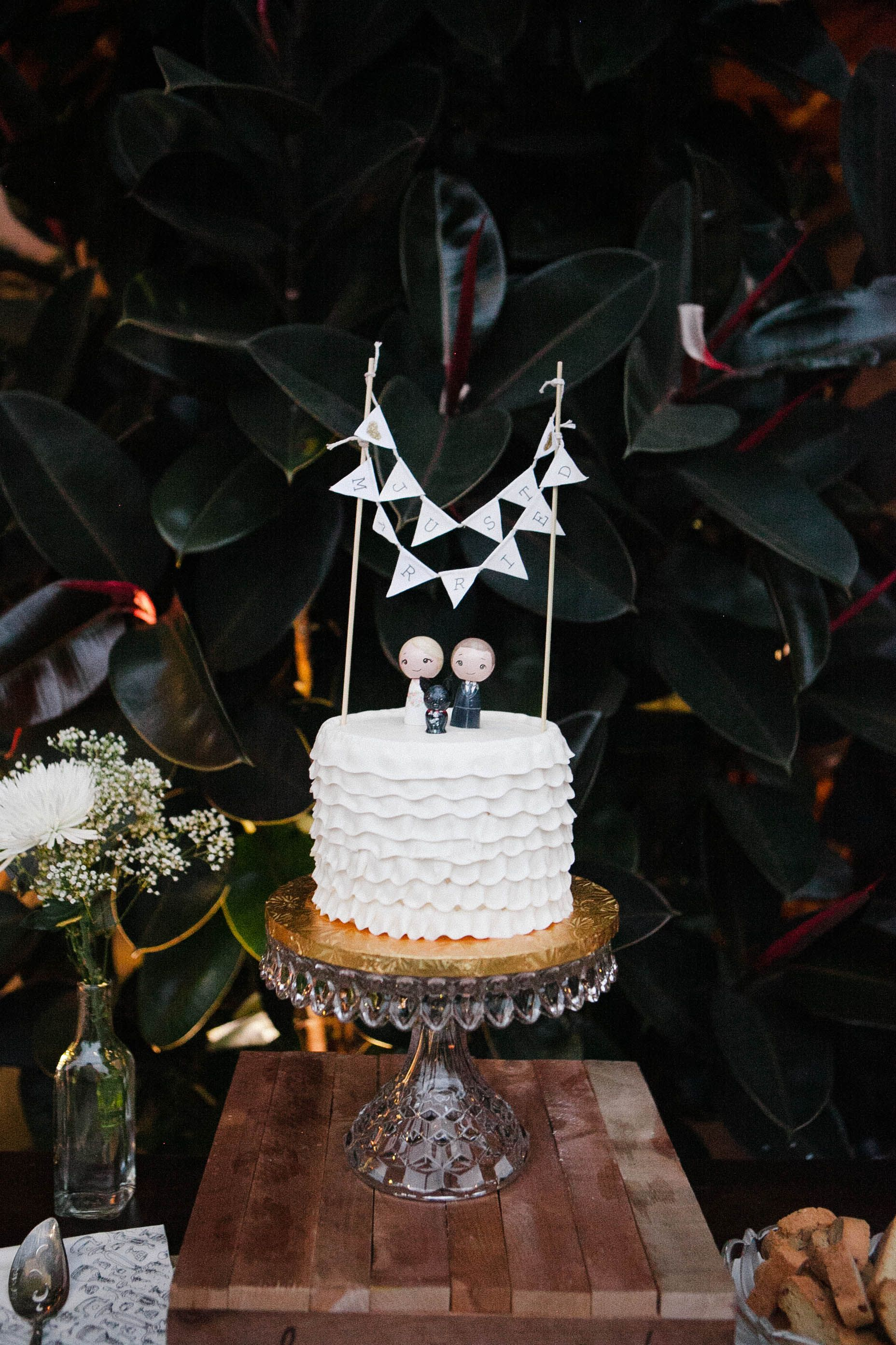 How much does a wedding cake cost? Wedding cakes