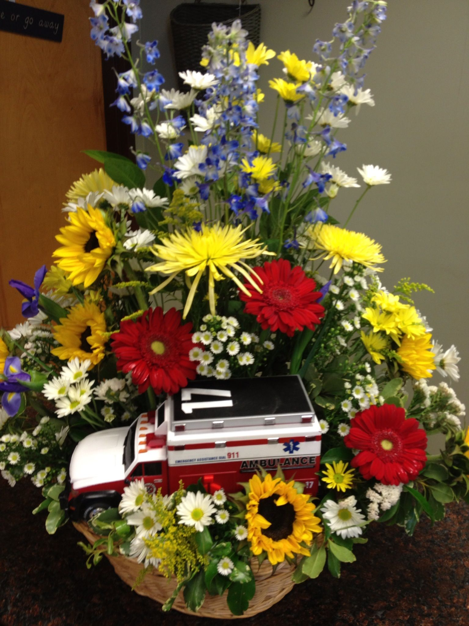 Personalized funeral tribute for an emt funerals sympathy funeral flower arrangements dhlflorist Gallery