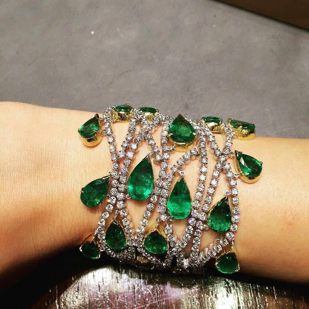 Thejewellcloset Stunning Diamond Amp Emerald Bracelet By