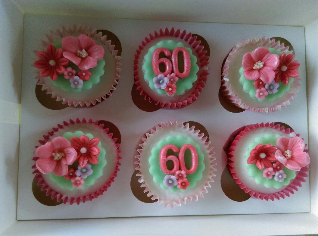 60th Birthday Flower Cupcakes Cakes By Auds Pinterest Cake