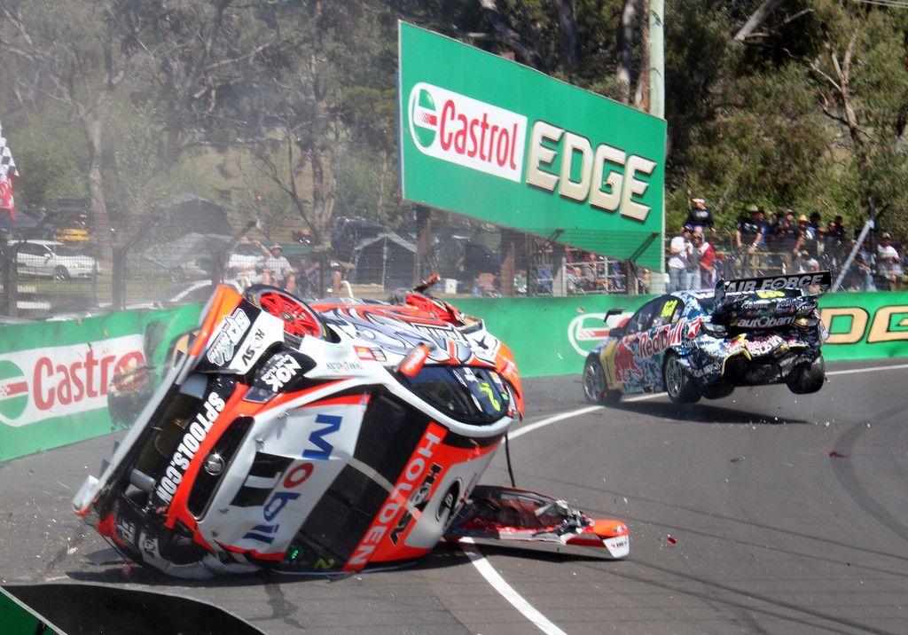 Craig Lowndes Photos Photos V8 Supercars Bathurst 1000 Practice Top 10 Shootout Super Cars Sports Cars Ferrari Australian Cars