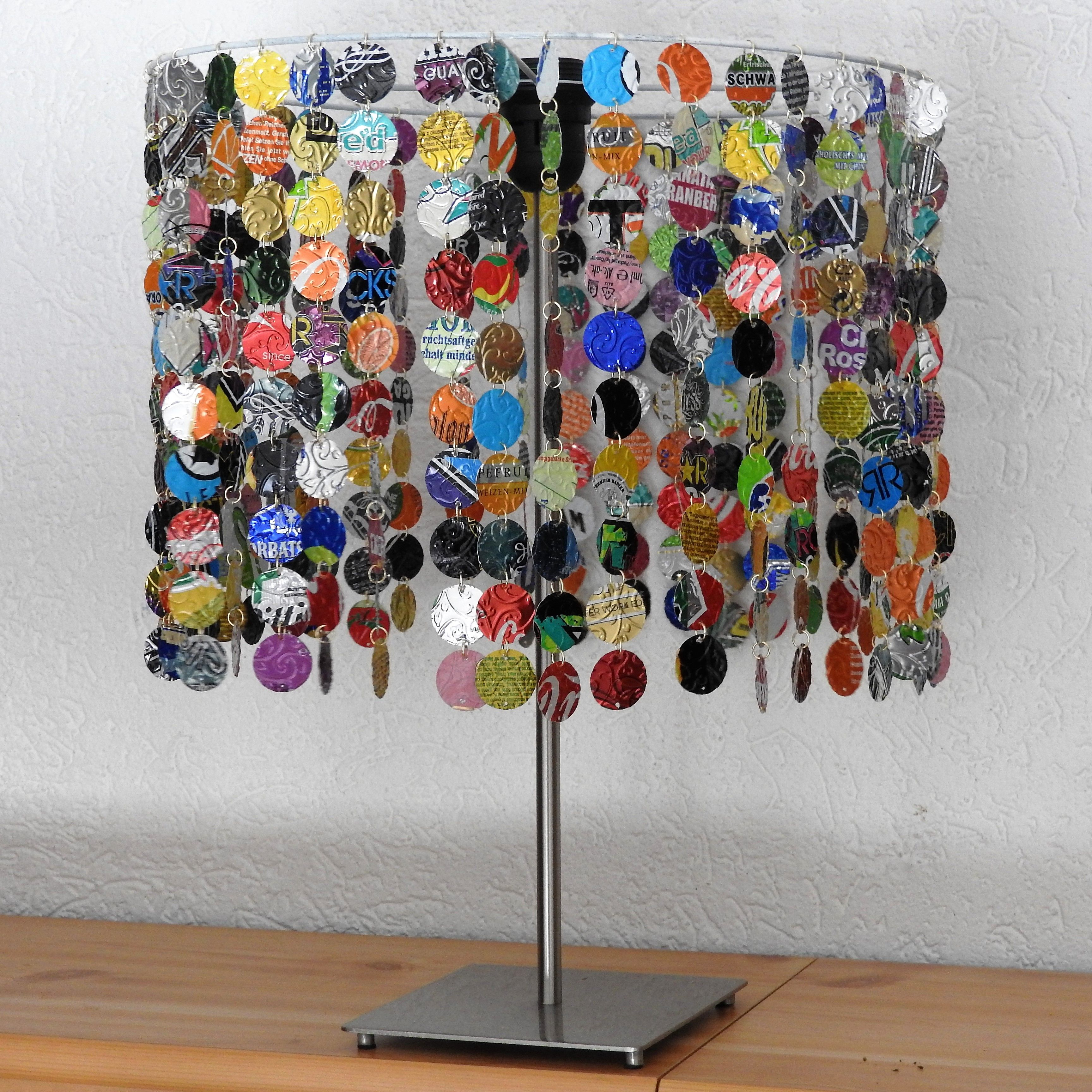 Lampenschirm Aus Getrankedosen Lampshade From Soda Cans By
