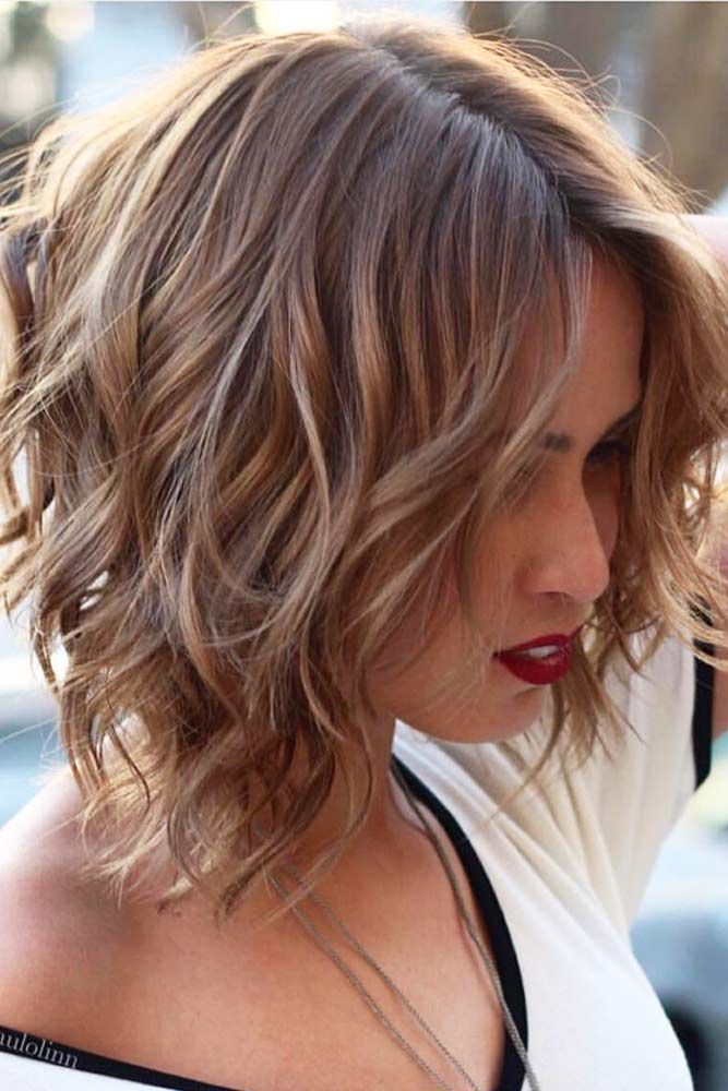 21 Not Time Robbing Shoulder Length Hairstyles Wavy Bob Hairstyles Short Wavy Hair Short Hair With Layers