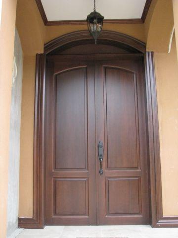 Puerta de calle nos adaptamos a su hueco y realizamos for Puertas rusticas exterior