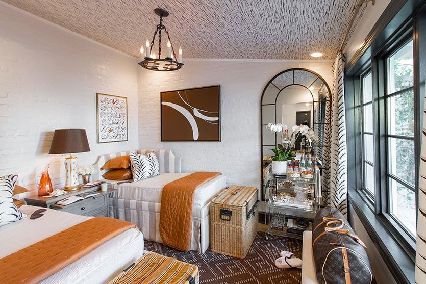 jonathan s savage showhouse guest bedroom southern traditional