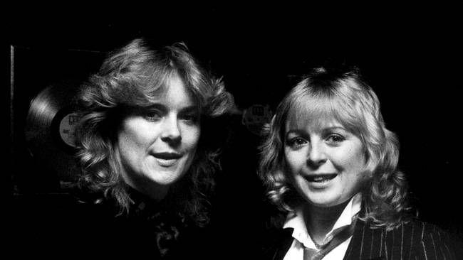 """Gruppen Chips med Kikki Danielsson och Elisabeth Andreasson (senare Andreassen) vann Melodifestivalen 1982 med """"Dag efter dag"""". Peter Diedrich/Scanpix"""