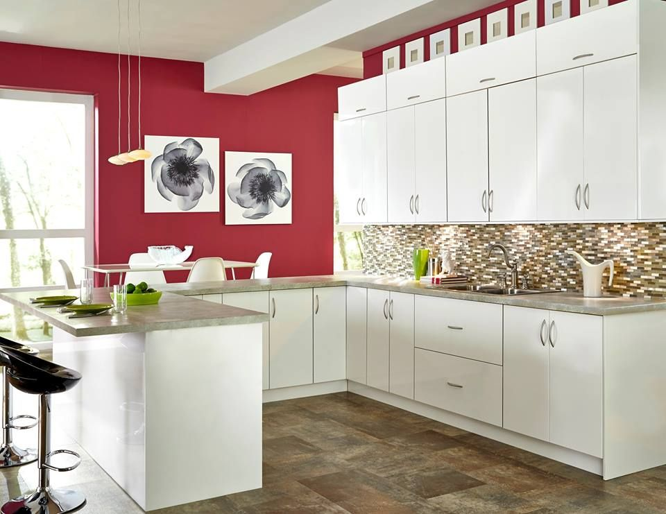 Roberto Fiore Modern Elegance Kitchen Cabinets Clean Sleek Lines Powerful Distinctive Grains And