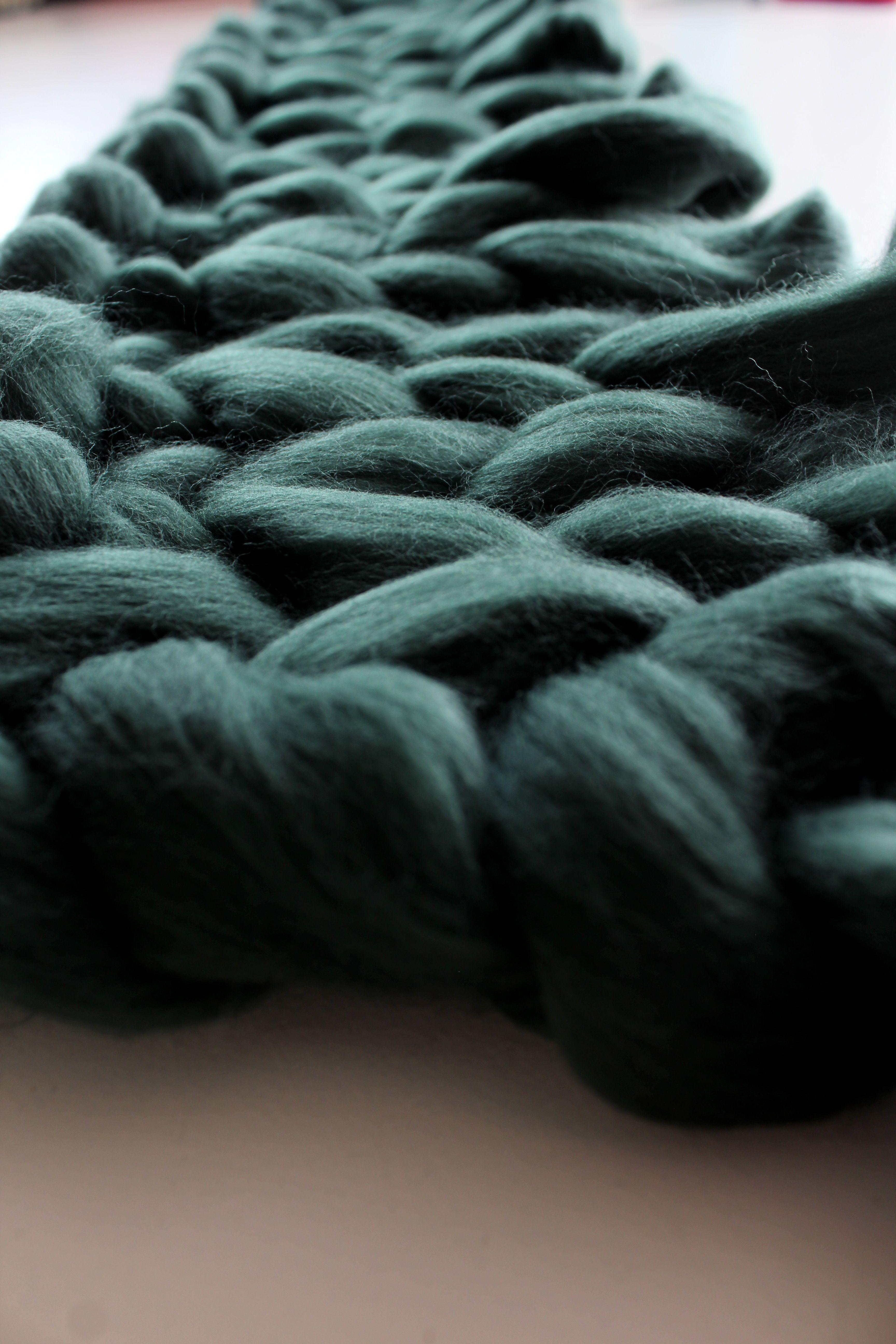 DIY dark green chunky merino wool throw Knitted throws