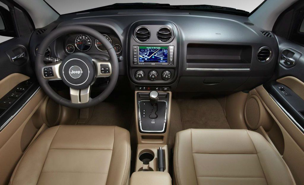 2014 Jeep Compass Sport Interior (With images) Jeep