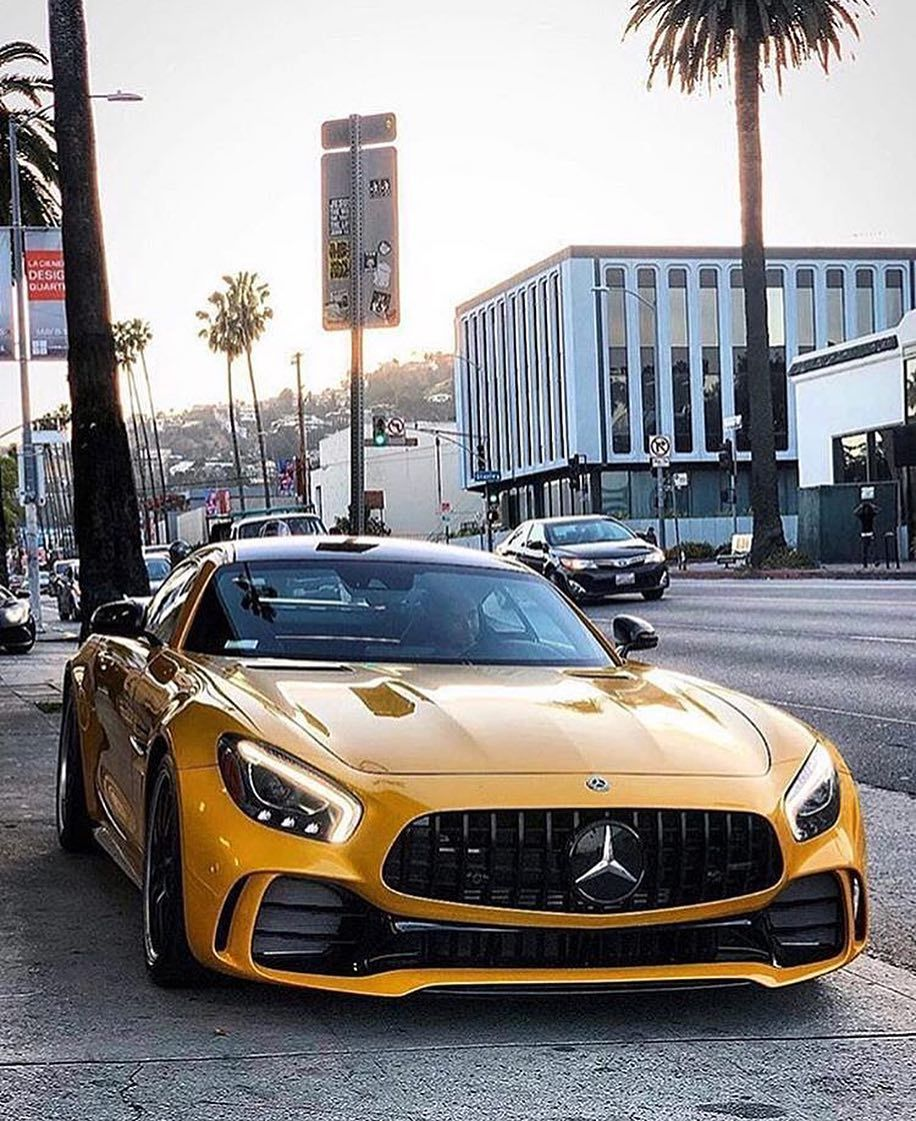 • AMG GTR