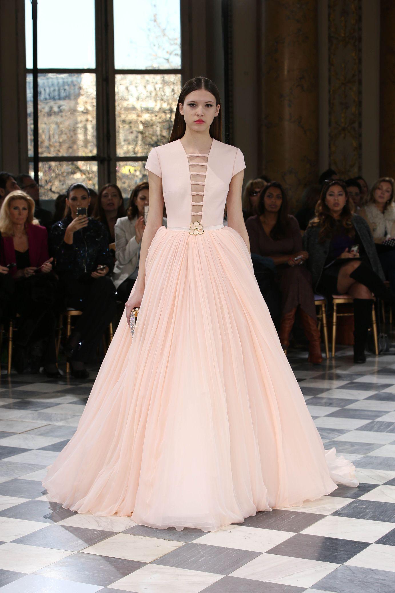 Défilé Georges Hobeika Couture: Haute Couture printemps-été 2016 ...