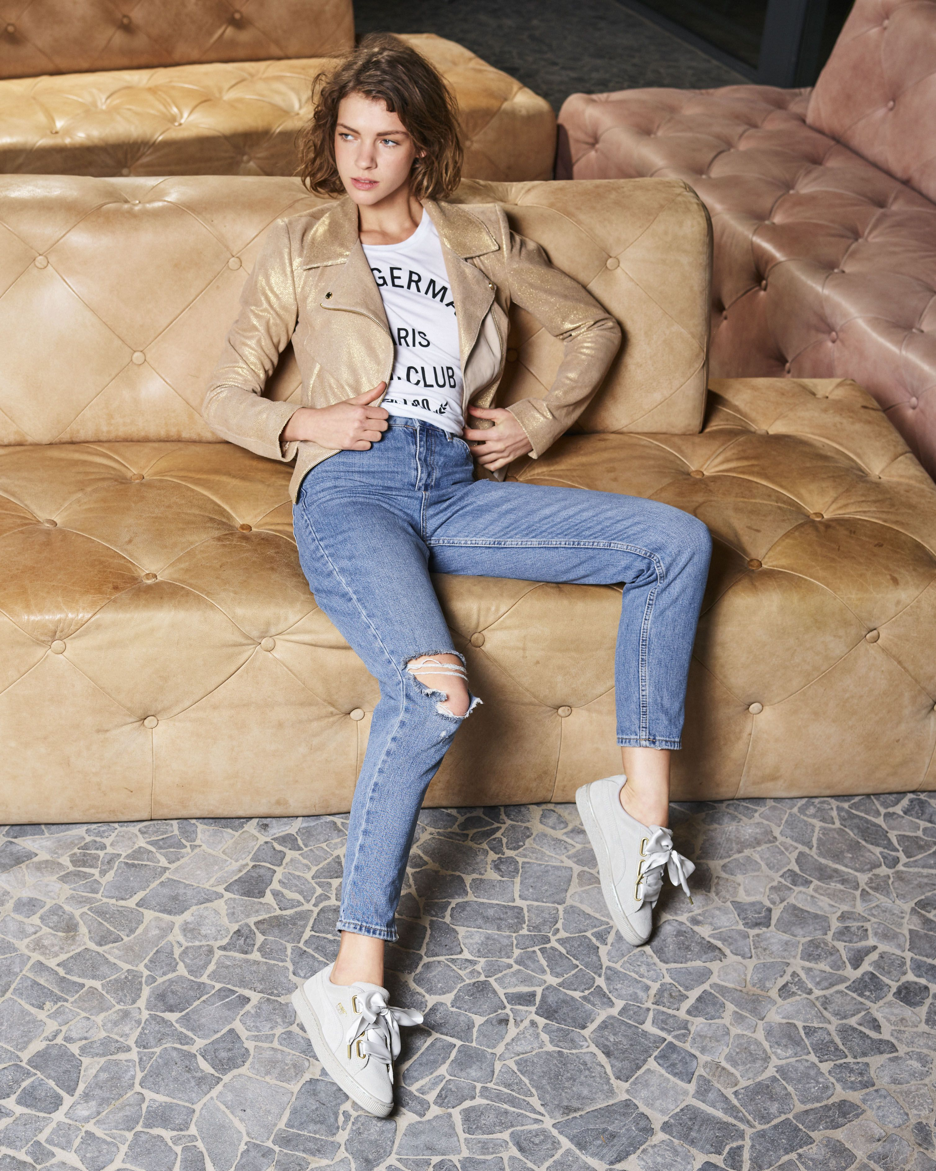 Grey PUMA Sneakers SUEDE HEART SATIN | Outfits casuales