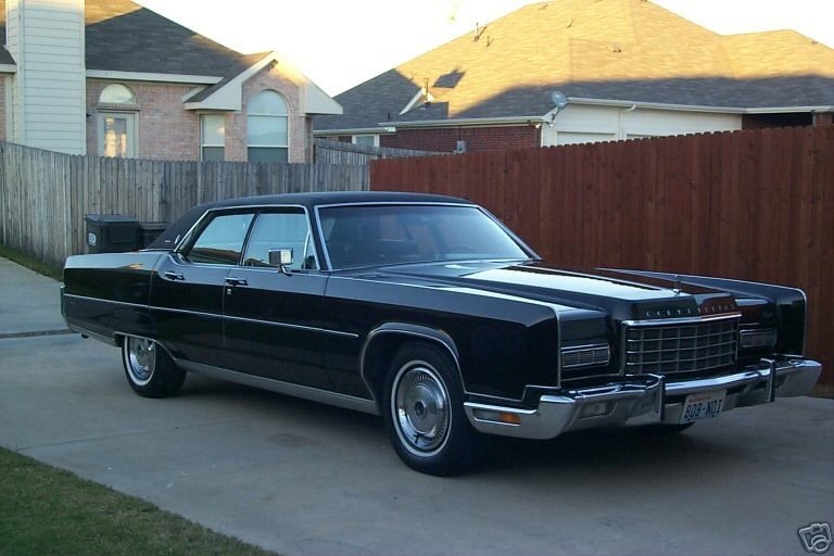 1970 Lincoln Town Car 25 Cargurus Analyzes Over Million Cars Daily Yours In Raleigh Lincoln Town Car Lincoln Continental Lincoln Cars
