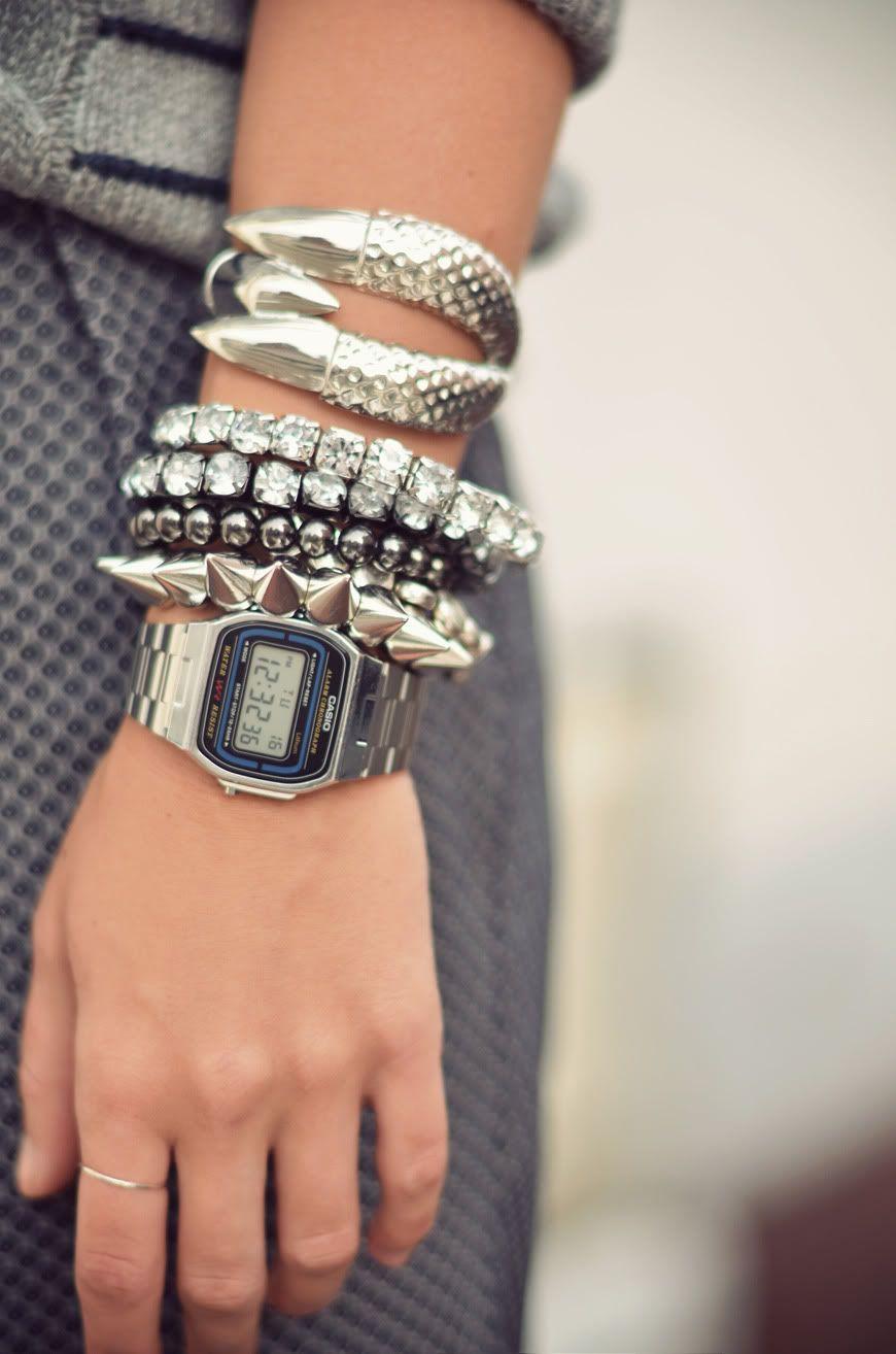 b11d262f6 casio silver watch