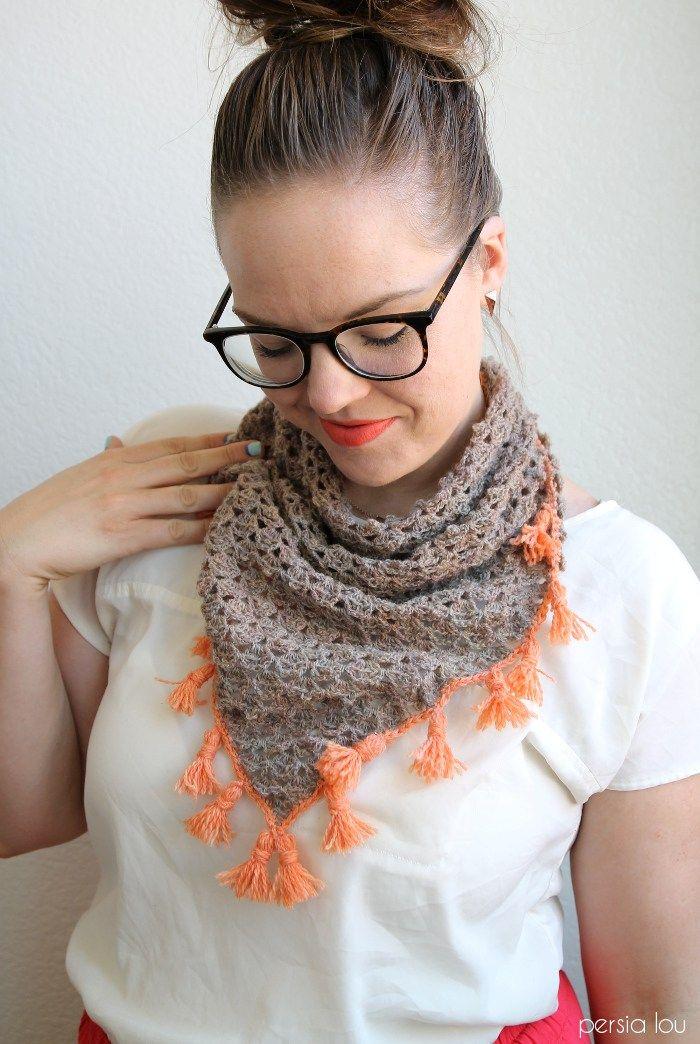 Tasseled Crochet Neckerchief Pattern | Cuello de ganchillo ...