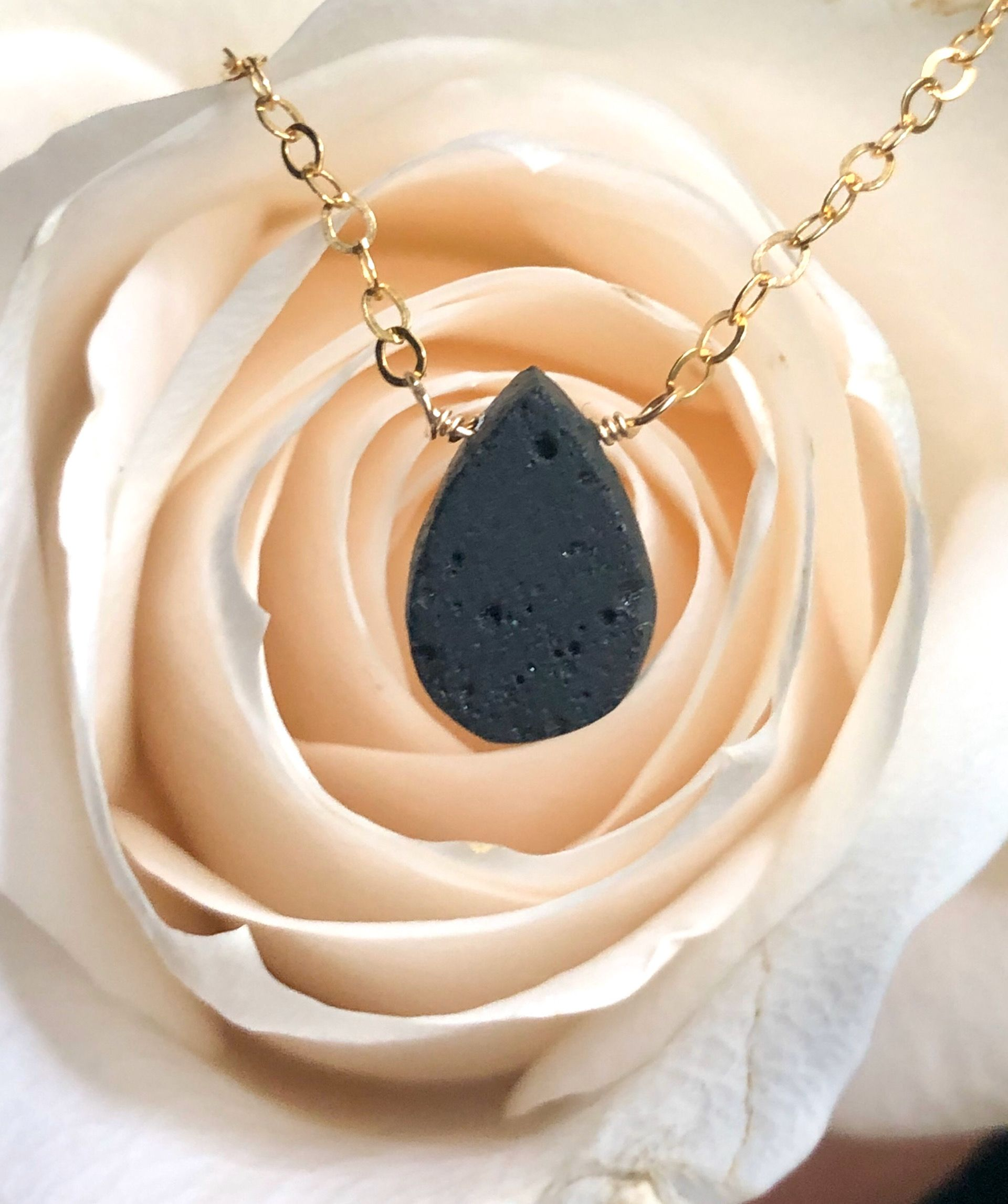 Droplet diffuser necklace aromatherapy necklace gold