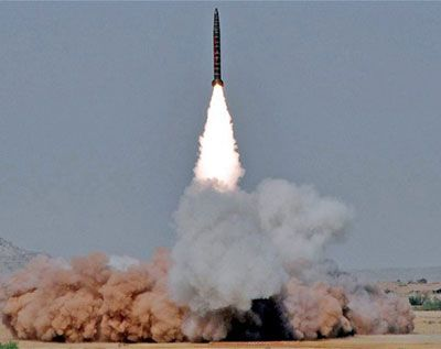 Dmegy's Blog: Pakistan test-fires nuclear capable ballistic miss...