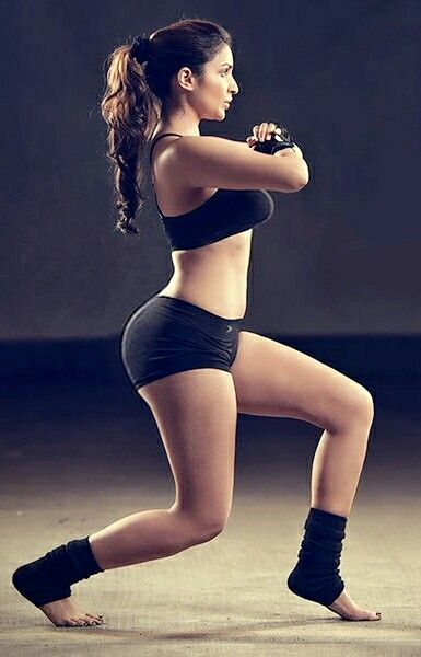 Parineeti chopra, A Workout for Perfect Voluptuous (With images ...