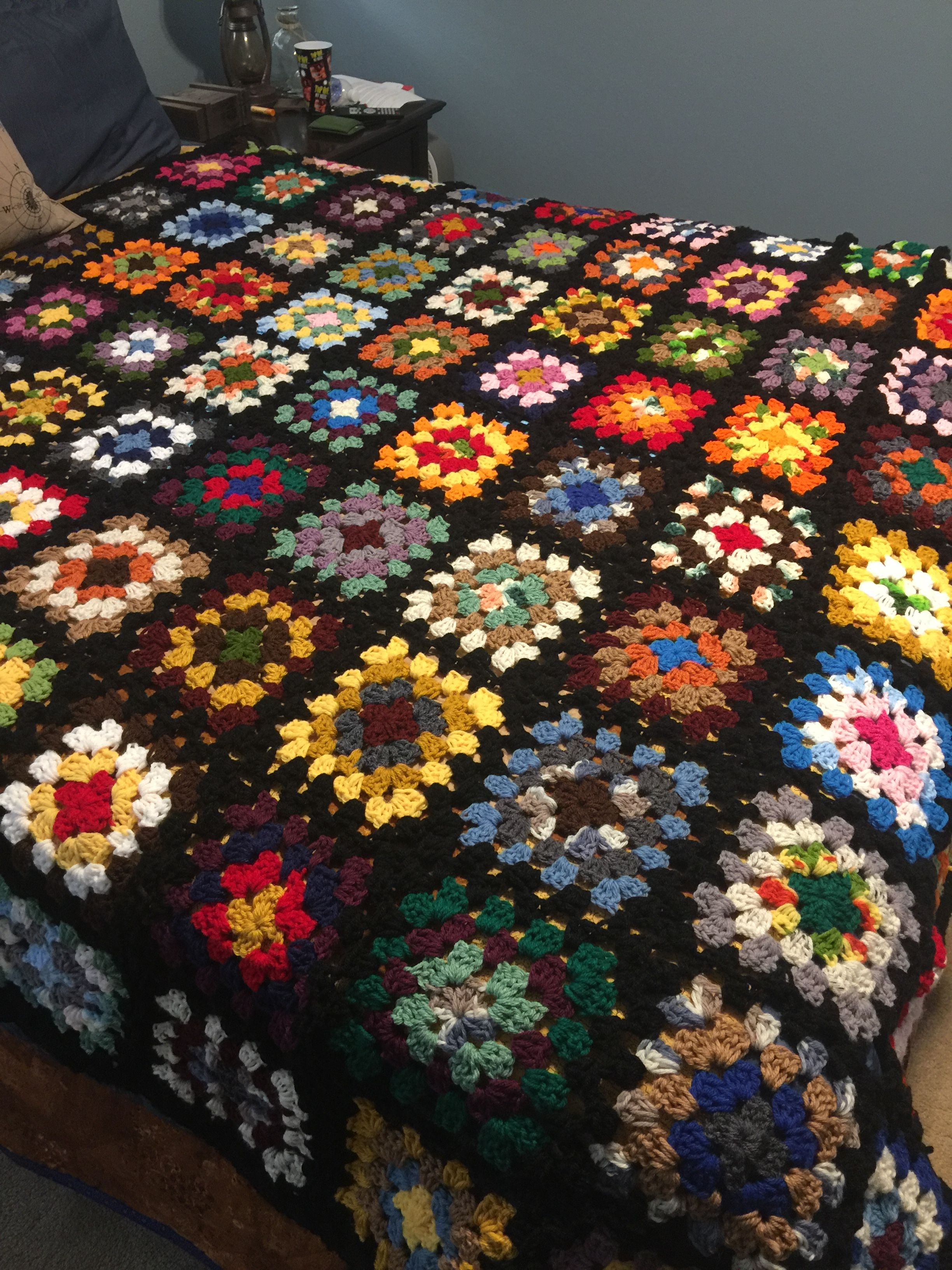 Anntoinettes Roseanne Afghan Goes With Anything 2015 Crafts I